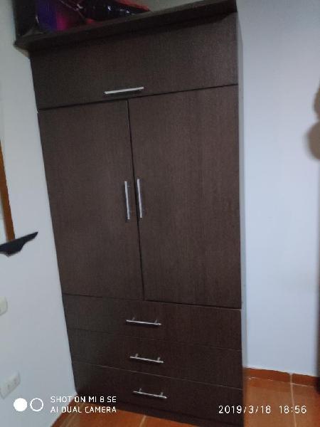 Juego dormitorio zona de estudio