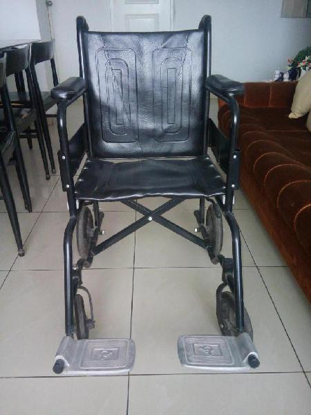 Alquilo silla de ruedas 25 semanal