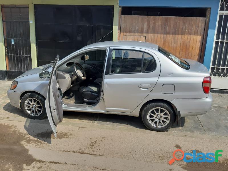 Toyota yaris platz   uso particular