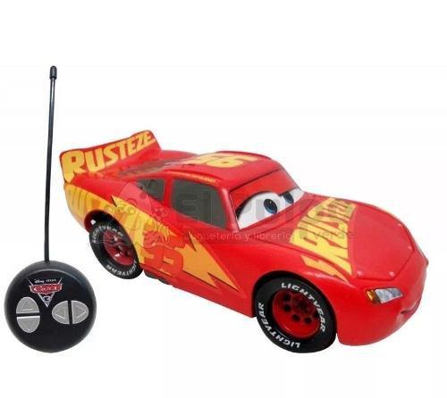 Mcqueen y storm cars 3 disney pixar auto a control remoto