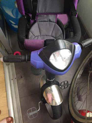 Triciclo para niña manejable