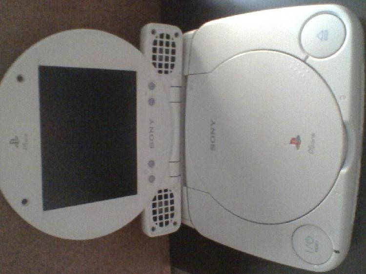 Ps one con pantalla lcd original y 2 mandos