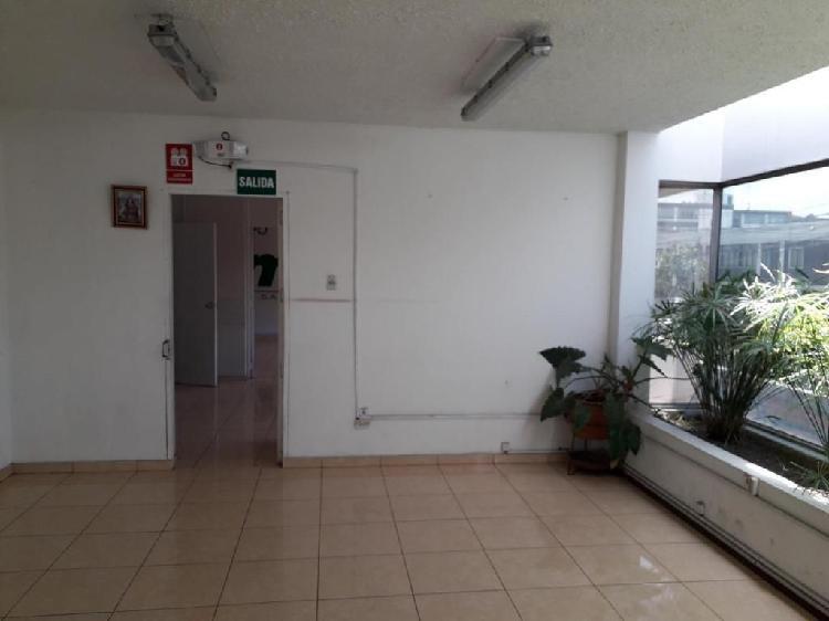 Alquiler de local comercial 4800 m2 con oficinas, hangares,