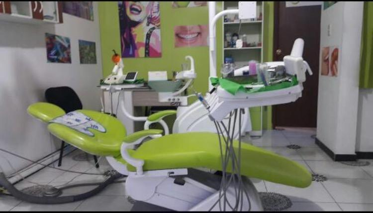Unidad dental conversable