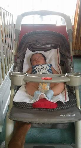 Coche de bebe marca e baby como nuevo