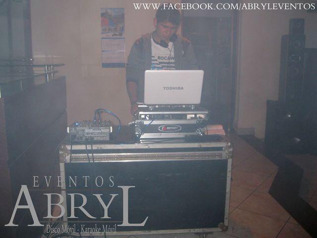 Alquiler de dj y sonido y luces led