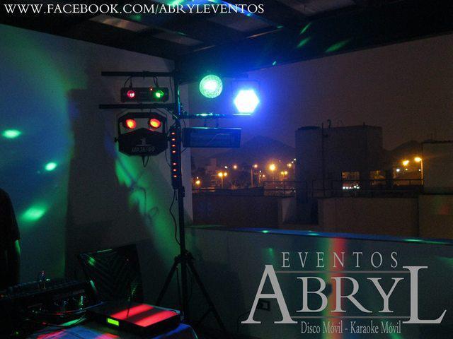 Alquiler de equipos de luces para fiestas y eventos