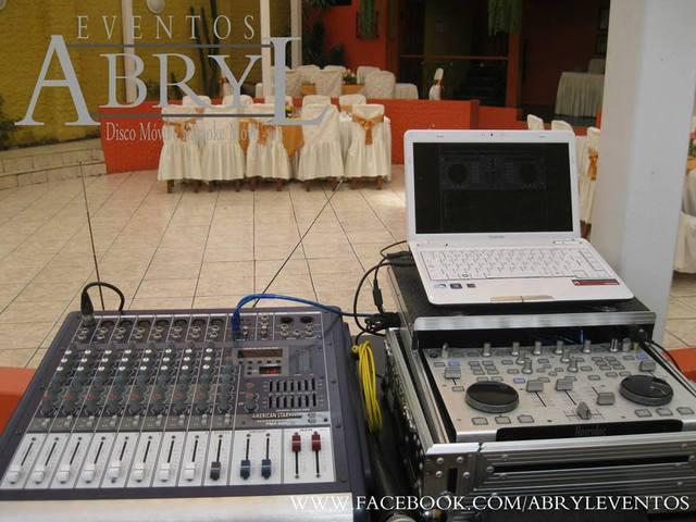 Alquiler de sonido y dj para fiestas de promoción