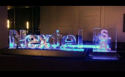 Logotipos y esculturas en hielo, letras, estatuas de hielo