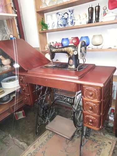 Máquina de coser singer antigua excelente estado