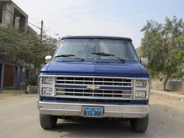 Vendo camioneta americana chevrolet chevi van gasolinera -
