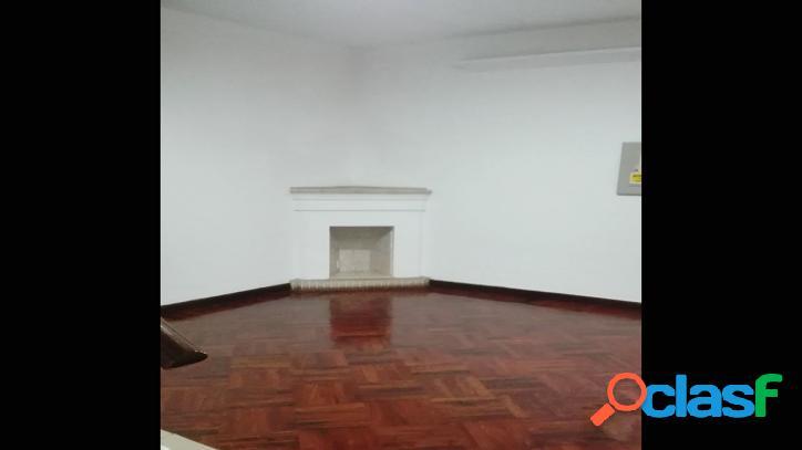 Alquiler de excelente casa para utilizar como oficina - 00562