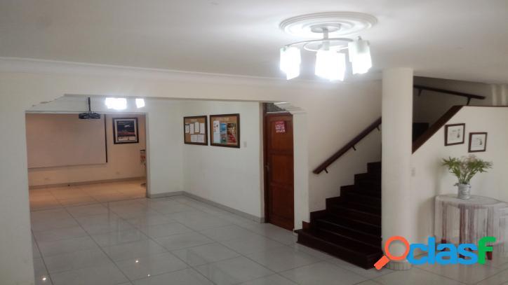 Venta de casa en lince límite con san isidro-00603