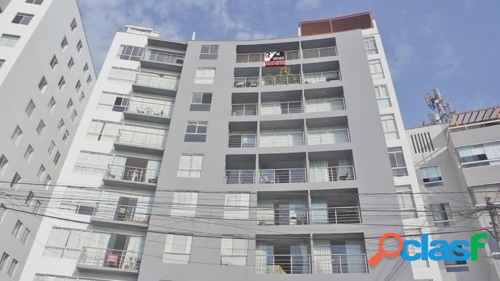 Amplio duplex en barrio medico - 00689