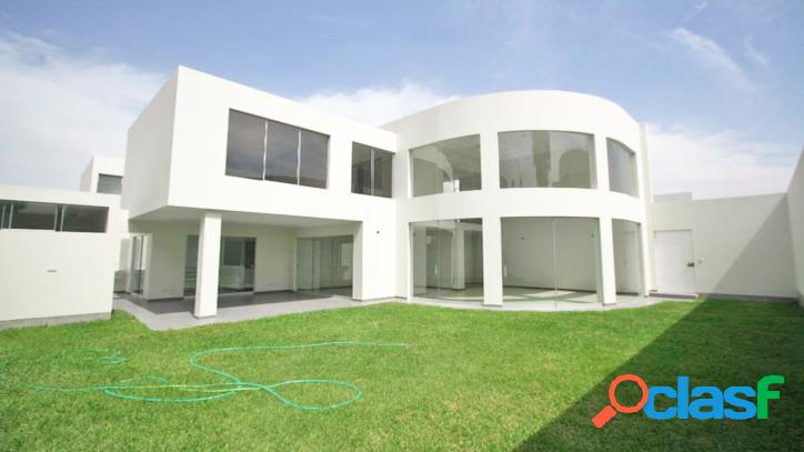 Hermosa casa en la molina - 00687