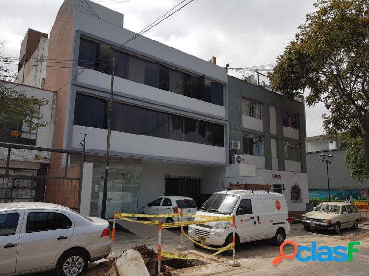 Venta de edificio en san isidro excelente ubicación 4 pisos zona financiera