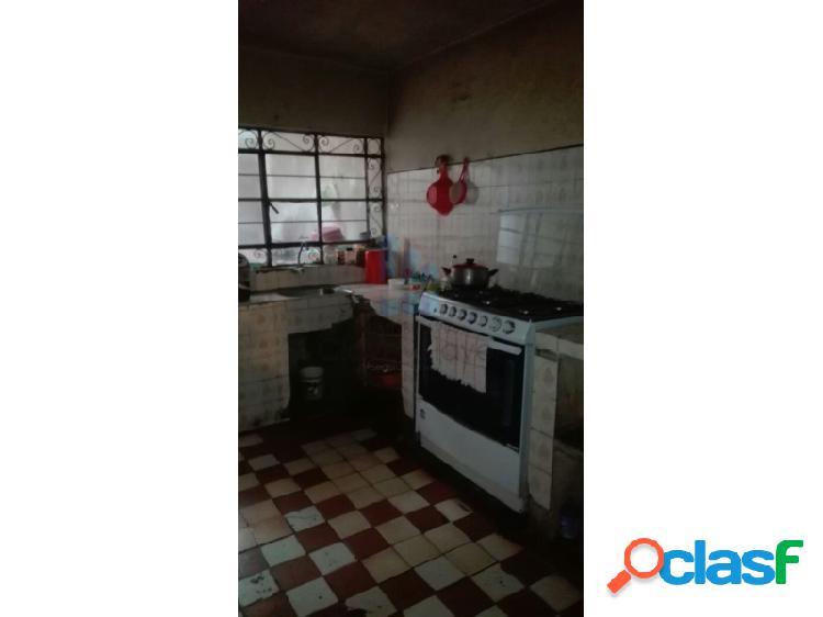 Casa en venta de 2 pisos en San Martín de Porres - Frente a Parque 1