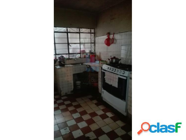 Casa en venta de 2 pisos en San Martín de Porres - Frente a Parque 3