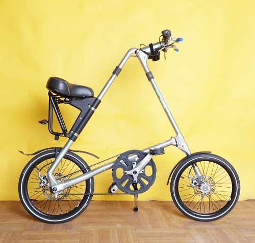 Bicicleta plegable strida para todos, muy bien cuidada