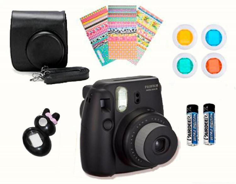 Cámara Instantánea Fujifilm Instax Mini 8 (negro)