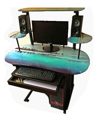 Gran remate de escritorio / mueble alto de cómputo