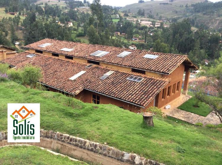 Solís vende bonito hotel en llacanora terreno de 5.846 m²