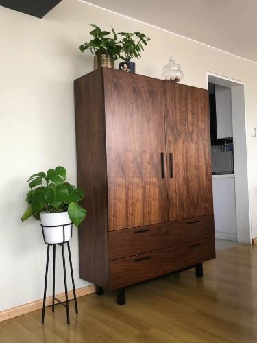 Vitrina aparador mueble de comedor madera en Peru ...