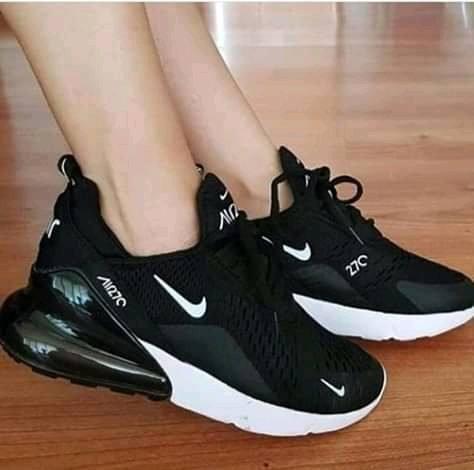 mejores zapatillas de deporte 233db 8f714 Zapatillas Nike Air Max 270 Moda 2019