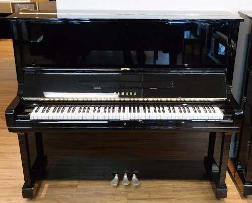 Piano vertical marca yamaha modelo u3 hecho en japon