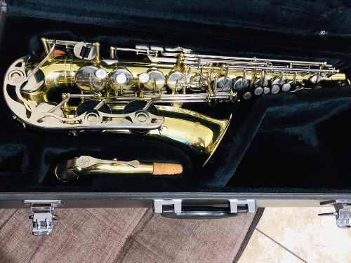 Saxo alto yamaha yas 23 saxofón