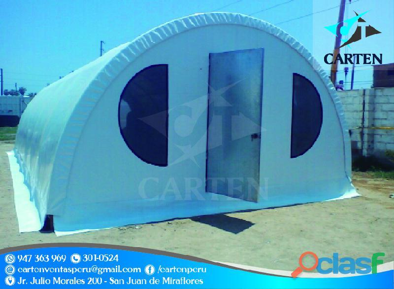 Campamentos con puerta metálica