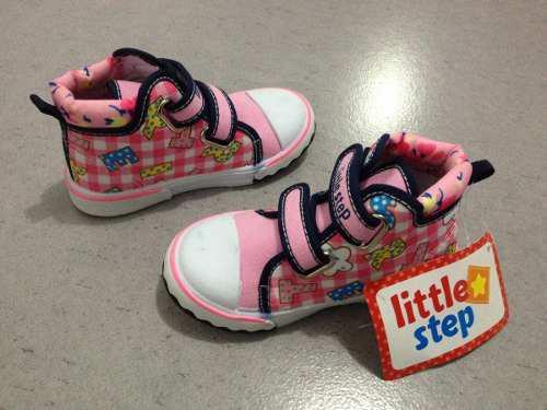 Zapatillas zapatos sandalias para bebe niña talla 24