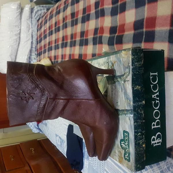 Botas de cuero marca bogacci talla 36 mujer