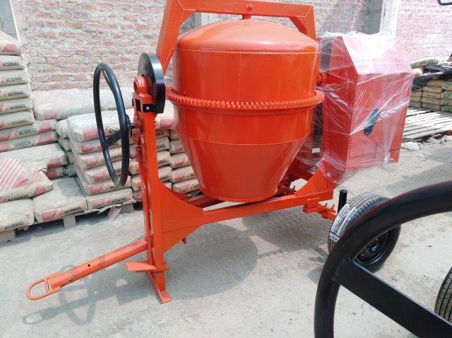 Mezcladora para concreto trompo tolva edumaq 9 y 11p3