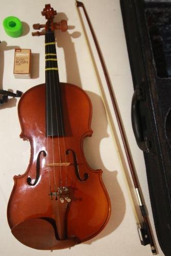 Violin starsun 1/2 con accesorios en como nuevo hago envios