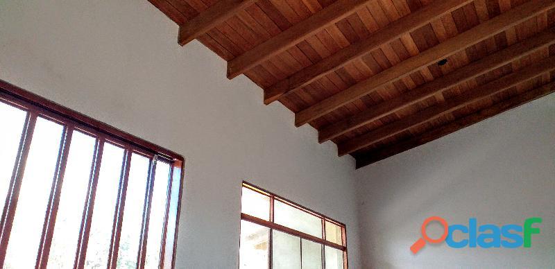 Moderna casa de campo 187 m2 lote 487 m2 cercado