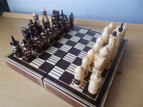 Juego ajedréz madera mediano figuras talladas rusia
