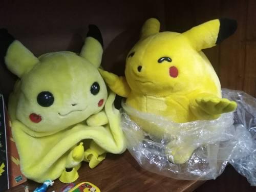 Vendo pack coleccionable de pokemon coleccionable(negociable