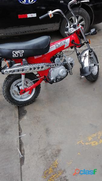 Honda dax st70 1985. restaurada. transferible