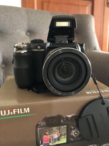 Camara fujifilm finepix s3200 + tripode vanguard mk 4