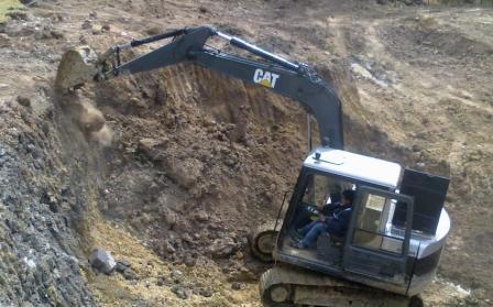 Excavadora cat rega 307 en ¡buen estado! (trujillo)