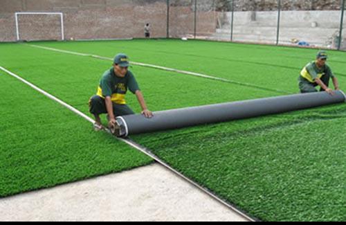 Grass sintetico para campos deportivos. lima