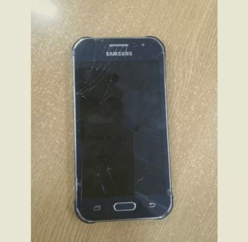 Samsung galaxy j1 sm-j100 pantalla rota
