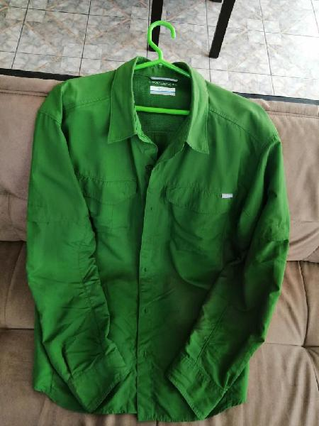 Vendo camisa columbia omni-shade