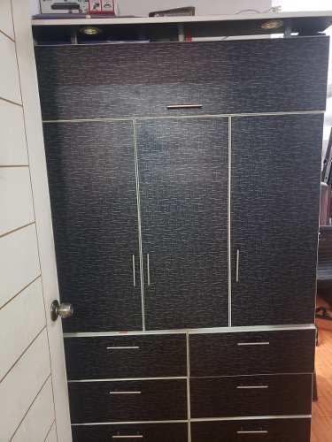 Mueble ropero excelente estado remate s/ 400