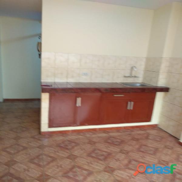 Alquiler de Habitación grande en Los Olivos S/ 490 5