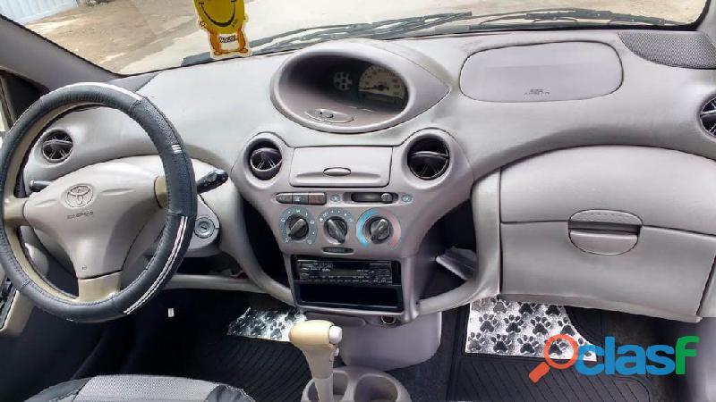 Toyota Yaris 2002 Corolla Camioneta Kia 1