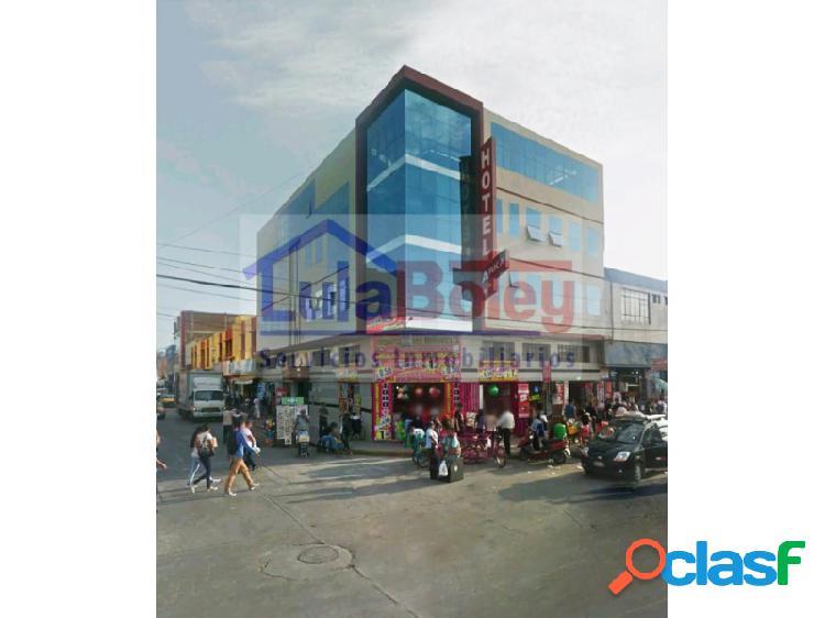 Vendo edificio comercial frente a mercado modelo - centro de chiclayo