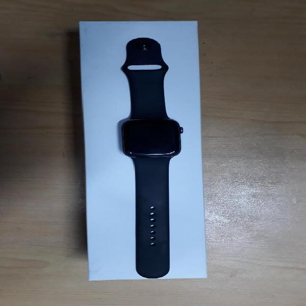 Apple watch serie 4 44mm semi nuevo