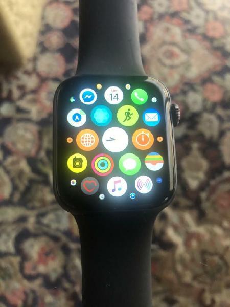 Apple watch series 4 44mm space